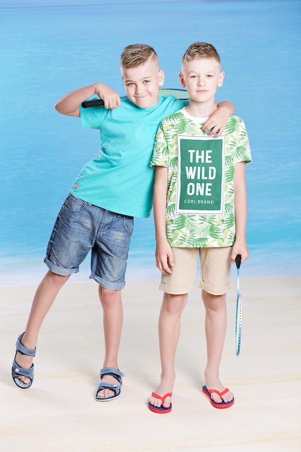 Bērnu apģērbu fotosesija